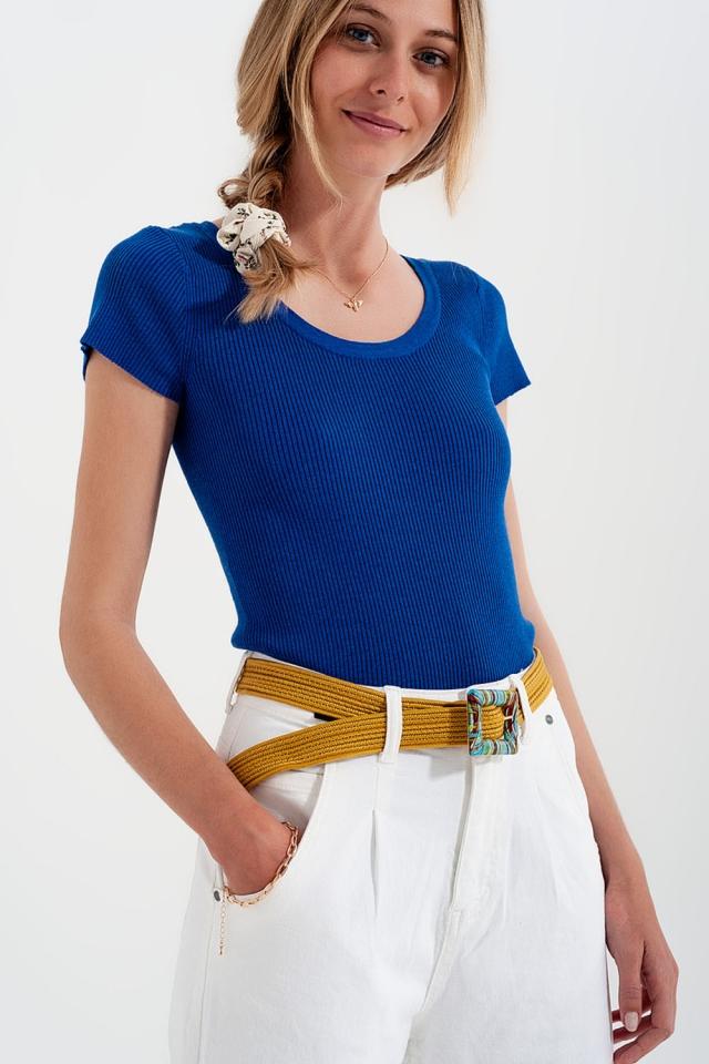 T-shirt de malha com nervuras apertadas e pescoço redondo em azul