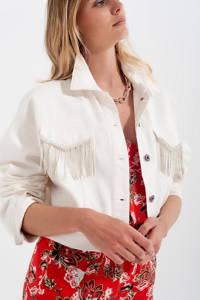 Casaco de ganga branco com franjas de rhinestone Jeansweste mit Strassfransen in weiß