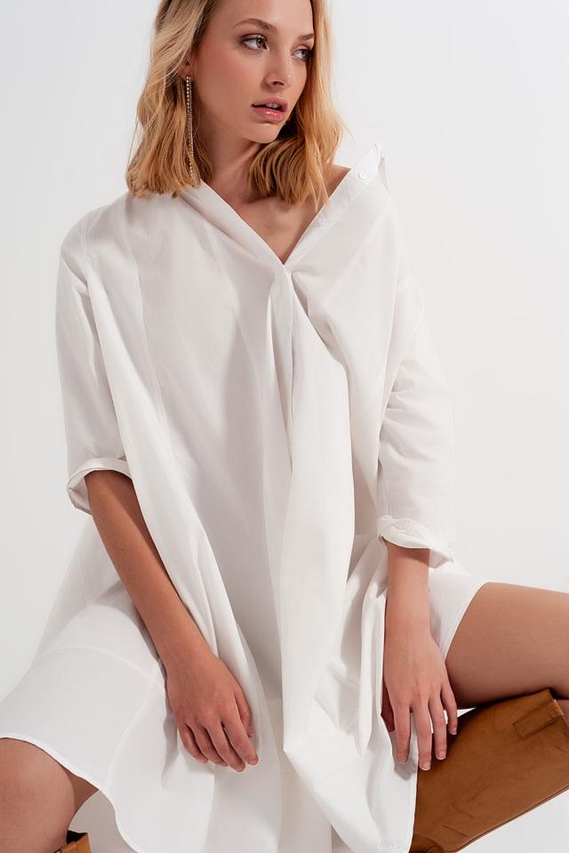 Vestido de camisa branco popeline com dimensões grandes