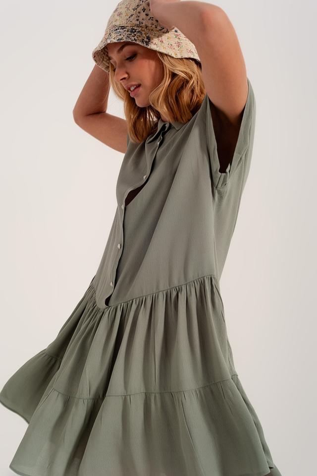 Vestido de camisa curta com bainha em camadas verde