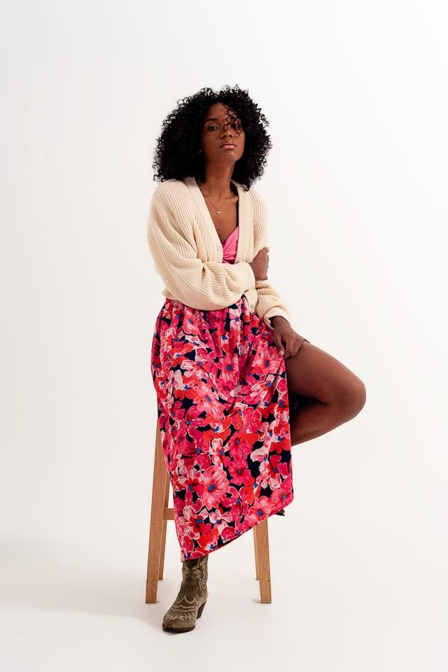 Saia com estampa floral rosa vivo