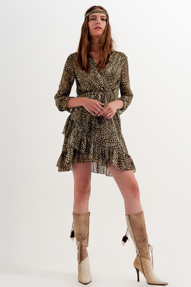 Vestido de manga comprida com cinto e estampagem luminosa radiante
